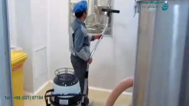 نظافت عمومی و تخصصی محیط با جاروبرقی نیمه صنعتی  - General and specialized cleaning with vacuum cleaner