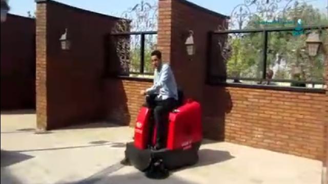 نظافت اماکن تفریحی با سوییپر  - Recreational cleaning with sweeper