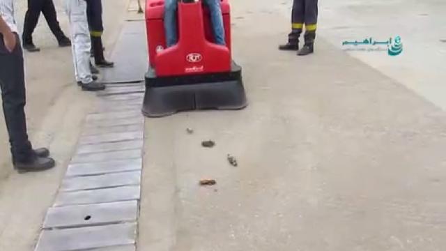 نظافت صنایع چوب با سوییپر  - Wood industry cleaning sweeper