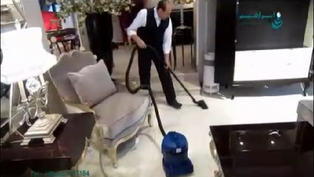 استفاده از جاروبرقی در نظافت فروشگاه  - Use a vacuum cleaner in stores
