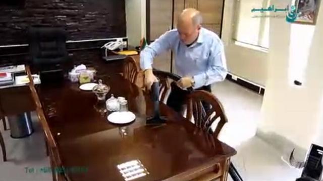 شستشوی شیشه دفتر کار با بخارشوی  - Wash the glass with steam cleaner