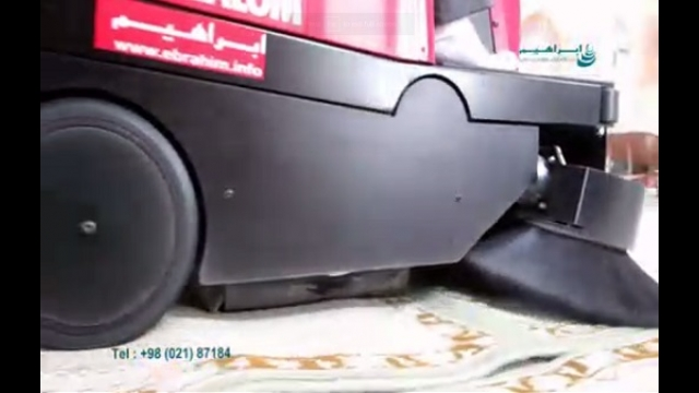 استفاده از دستگاه سوییپر جهت نظافت مساجد  - Using sweeper devices for cleaning the mosques