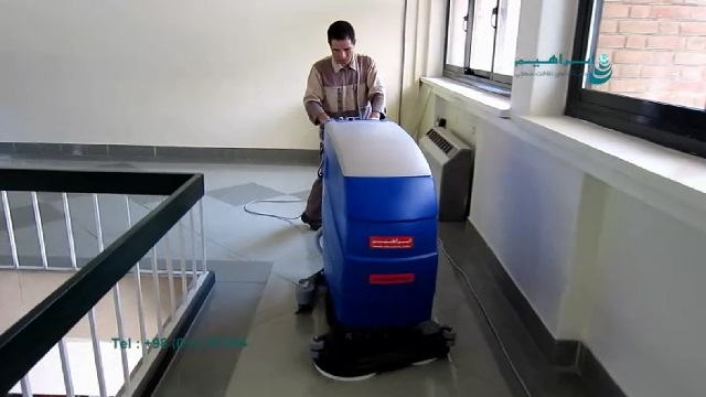 شستشوی کف مراکز آموزشی با اسکرابر برقی  - use a cable scrubber for educational centers