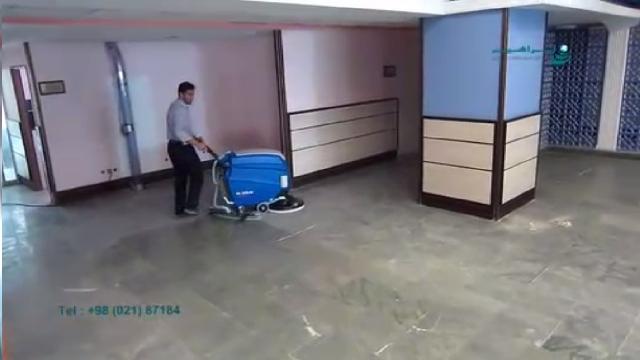 شستشوی سطوح پر گرد و خاک با اسکرابر  - Wash dusty surfaces with scrubbers