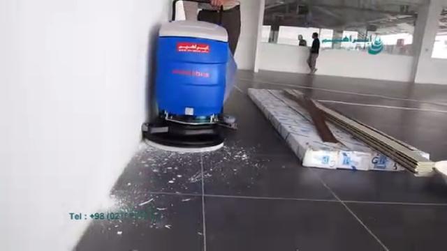 اسکرابر صنعتی ابزاری موثر و کارآمد برای نظافت سطوح  - scrubber an effective and efficient tool for cleaning